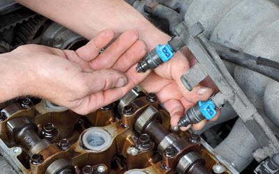 Land Rover Engine Fuel Leak Inspection